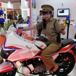 The ideal cop car / bike for the Indian Police