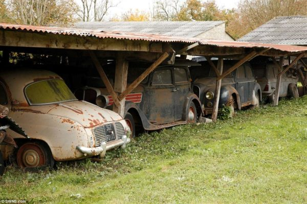 exotic car collection discovered in french barn (5)