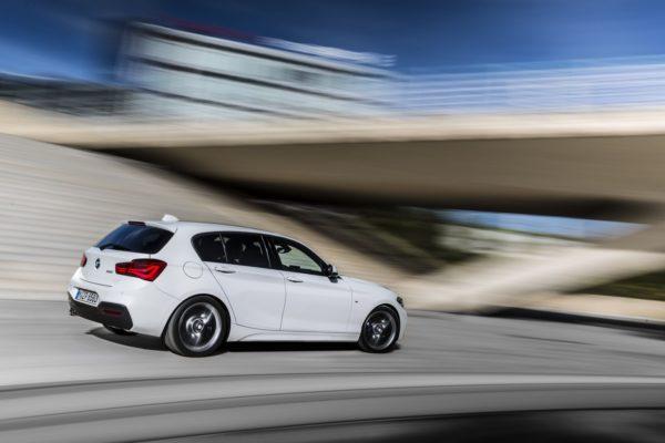 2015 BMW 1-Series (9)