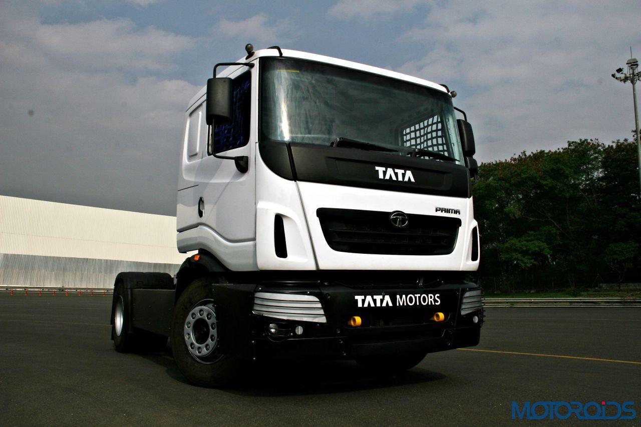 2015 tata t1 prima race truck review burly behemoth motoroids. Black Bedroom Furniture Sets. Home Design Ideas