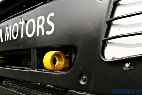 2015 Tata T1 Prima Race Truck Fromt tow hook