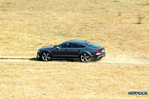 Audi RS7 Side shot (1)