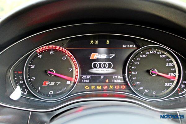 Audi RS7 instruments (3)