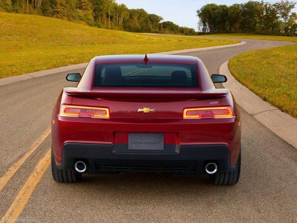 Chevrolet-Camaro_SS_2014_800x600_wallpaper_05