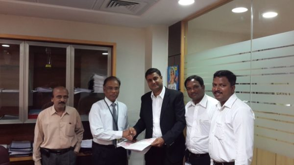 Daimler India signs MoU with Karur Vysya Bank