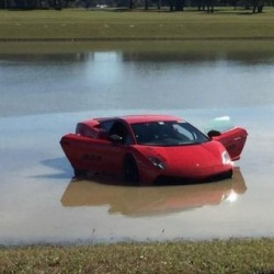 2000bhp twin-turbo Lamborghini Gallardo finds itself in a pond