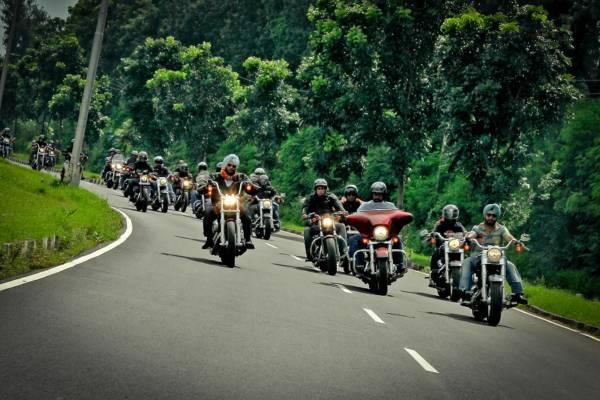 Harley-Davidson-Five-Year-Celebration (4)