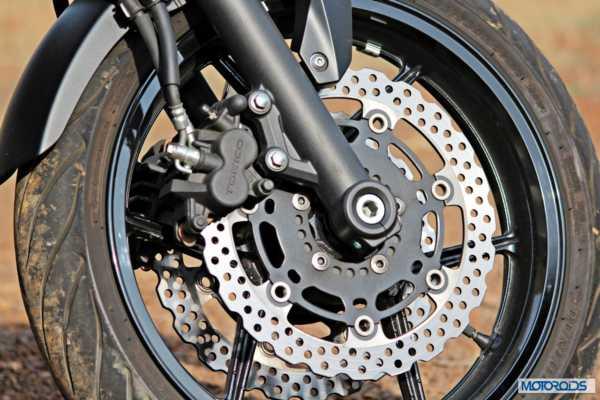Kawasaki ER 6n front brake