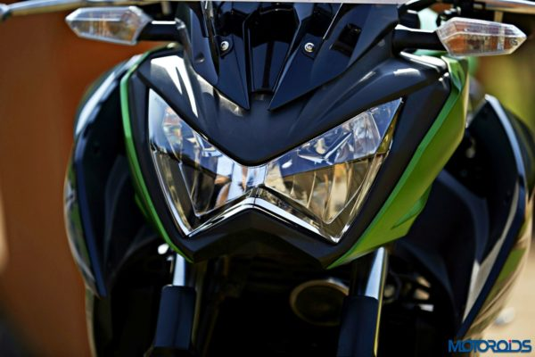 Kawasaki Z250 headlamp (2)