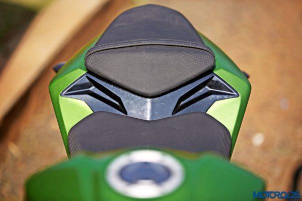 Kawasaki Z250 seat (3)