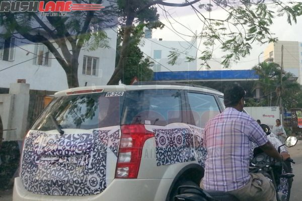 Mahindra-XUV500 facelift spied
