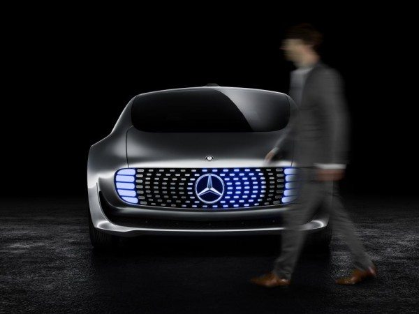 Mercedes-Benz F 015 Luxury in Motion (10)