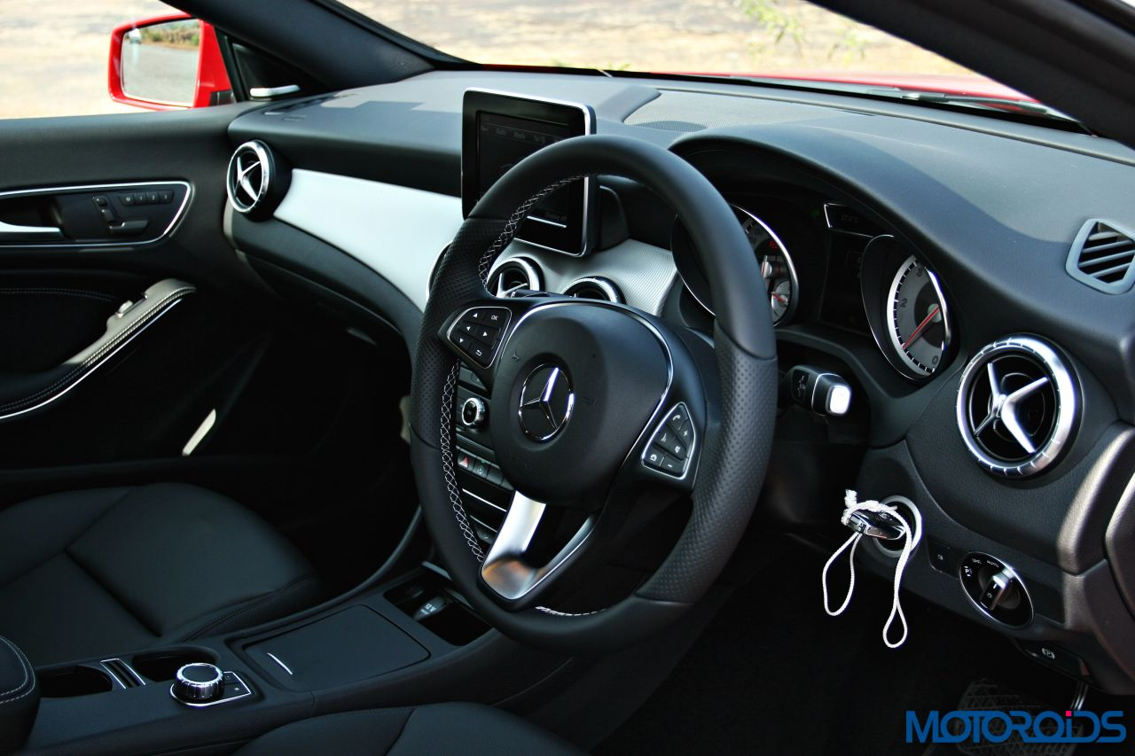 mercedes cla interior. Black Bedroom Furniture Sets. Home Design Ideas