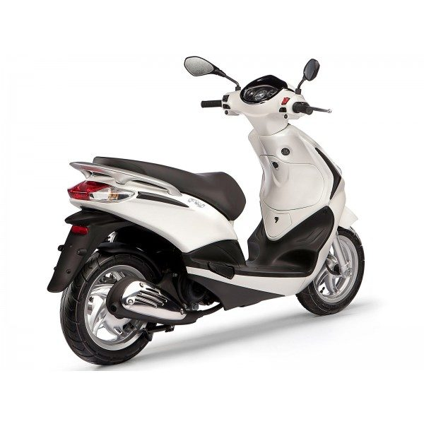 Piaggio-Fly-125-Imported-to-India-3