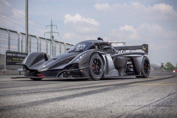 Praga r1 racecar