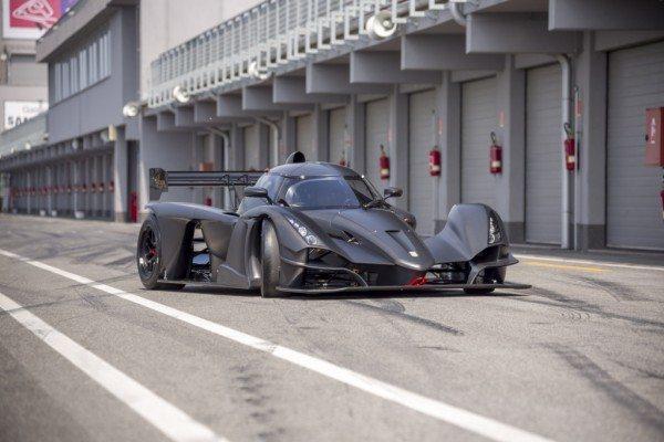 Praga r1 racecar(4)