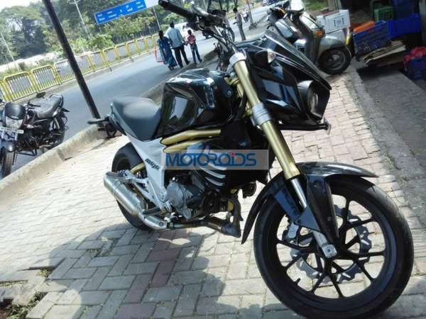 Production-Ready-Mahindra-Mojo-Spotted-5
