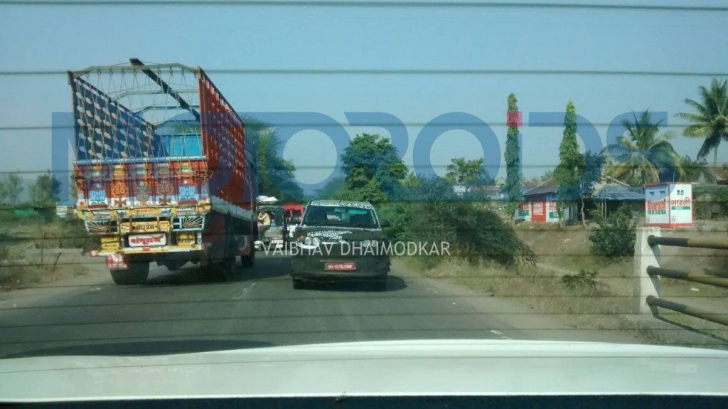 Spied-Mahindra-S101-in-Pune (3)