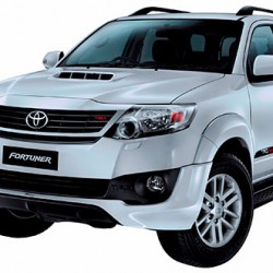 Toyota Fortuner 2.5L launched: priced at INR 24.44 lakhs