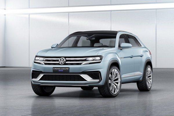 Volkswagen Cross Coupe GTE Concept (1)