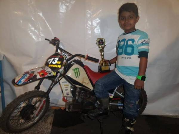 World's youngest drag racer (1)