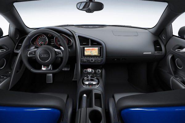 audi-r8-lmx-interior
