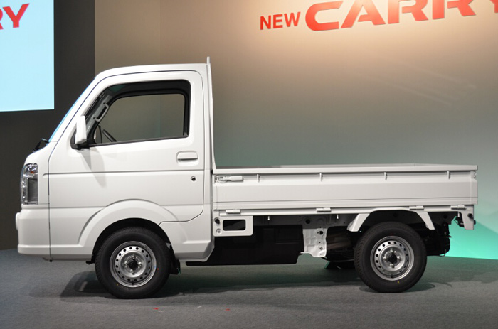 Maruti Suzuki Super Carry Turbo Lcv Spotted At A Dealership