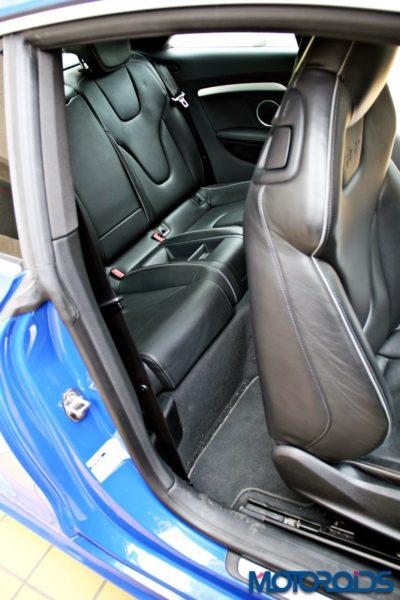 2012 Audi RS5 seats (3)