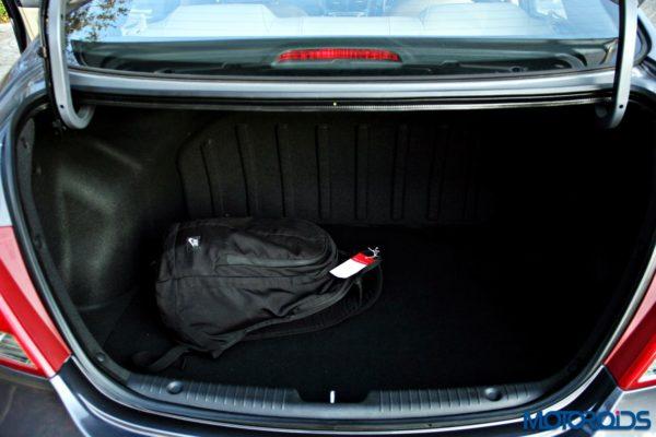2015 Hyundai Verna 4S (104)boot space
