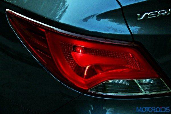 2015 Hyundai Verna 4S (113)tail light