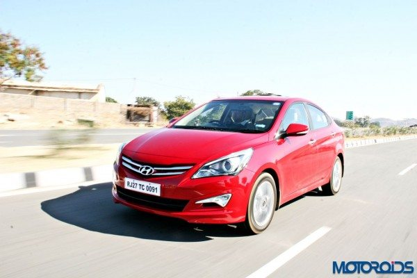 2015 Hyundai Verna 4S (56)action left front