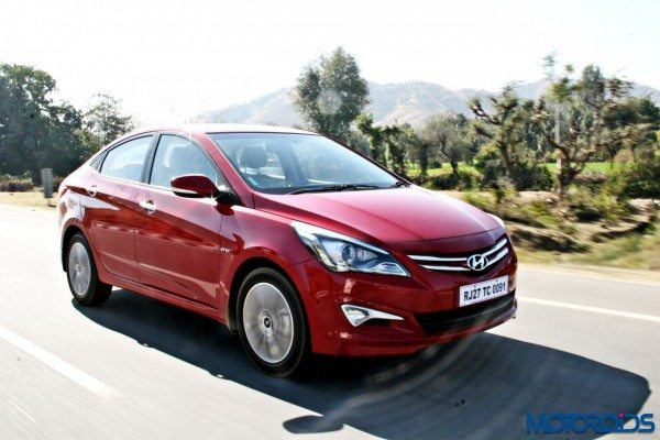 2015 Hyundai Verna 4S (63)action front right