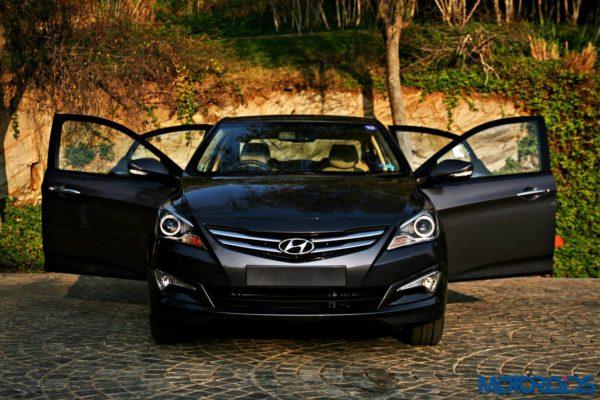 2015 Hyundai Verna 4S (81)all doors ajar
