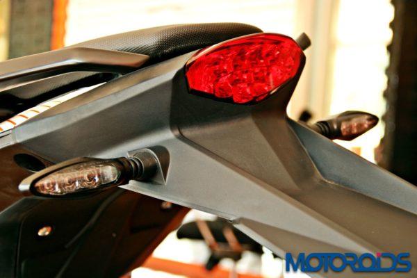 2015 KTM Duke 390 Updates (7)