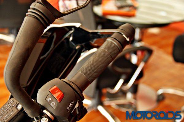 2015 KTM Duke 390 Updates (8)
