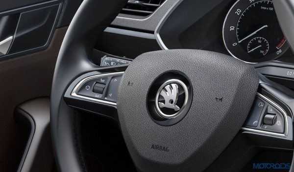 2015 Skoda Superb Interior (3)