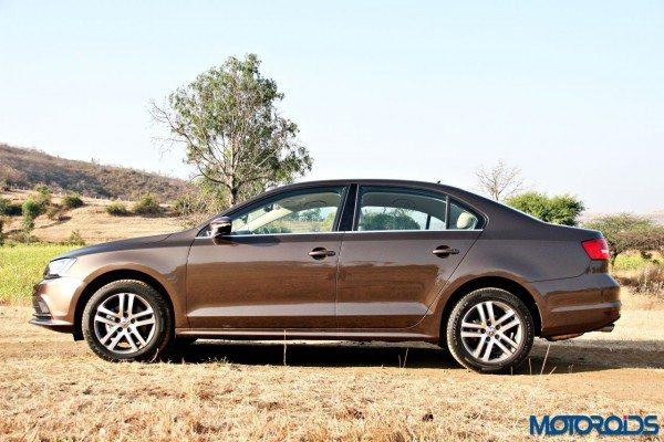 2015 Volkswagen Jetta facelift (27)