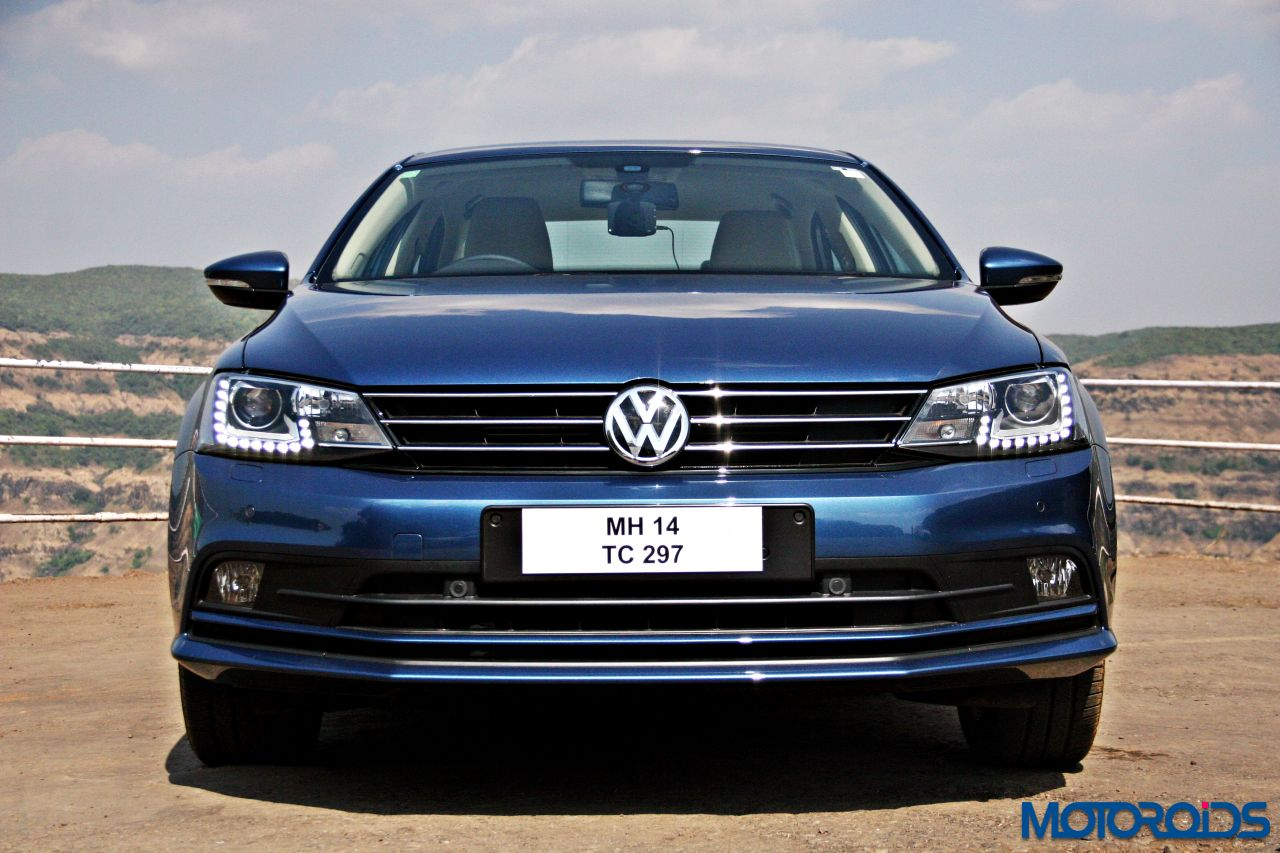 2015 volkswagen jetta facelift review mid size mastery motoroids. Black Bedroom Furniture Sets. Home Design Ideas