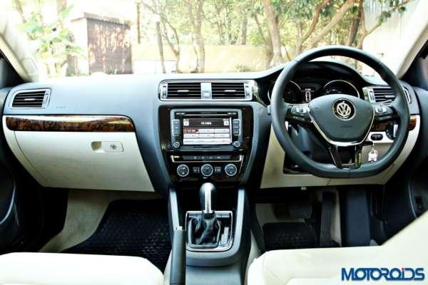 2015 Volkswagen Jetta facelift dashboard