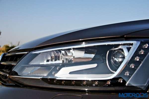 2015 Volkswagen Jetta facelift head lamps (2)