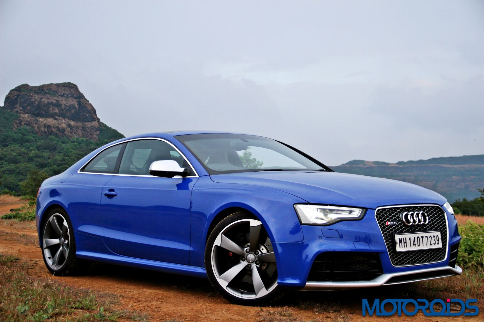 Audi Rs5 4 2 V8 Review Surgical Strike Motoroids