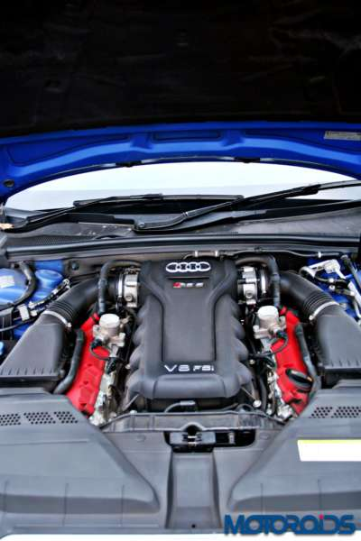 Audi RS5 engine (1)