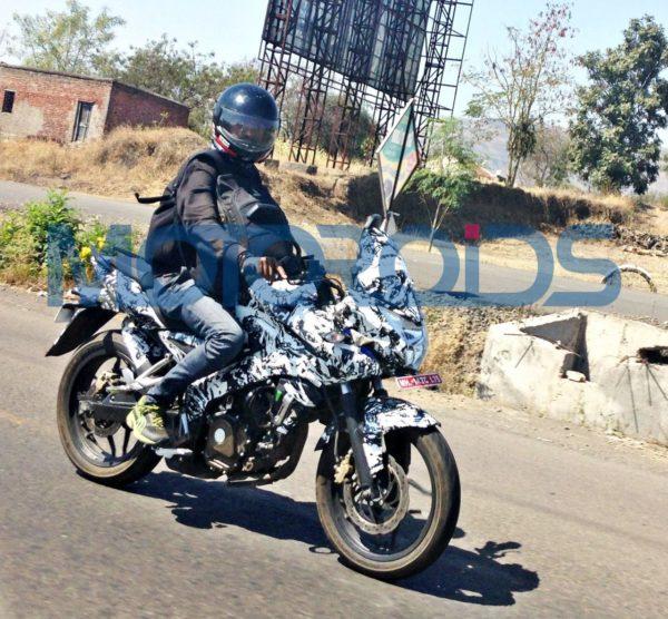 Exclusive- Bajaj Pulsar 200AS Spied (5)
