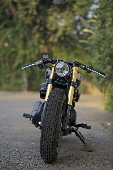 Harley Davidson RCM Street 750 café racer (1)