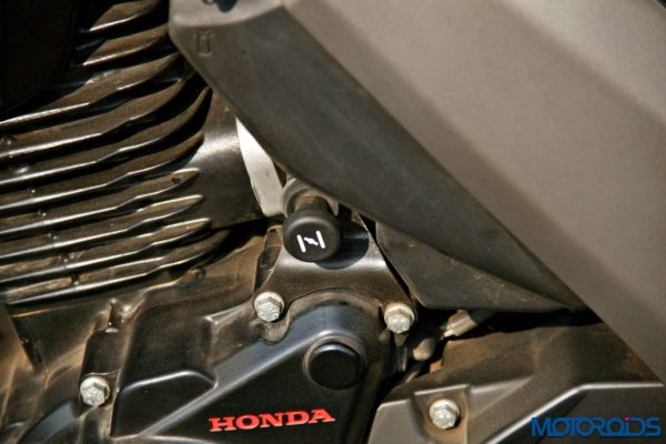 Honda CB Unicorn 160 Review - Static and Details - Choke Switch