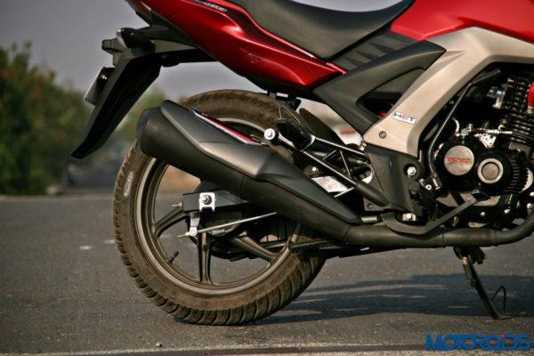Honda CB Unicorn 160 Review - Static and Details - Exhaust