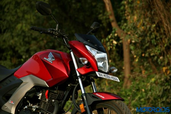 Honda CB Unicorn 160 Review - Static and Details - Left Side View (3)