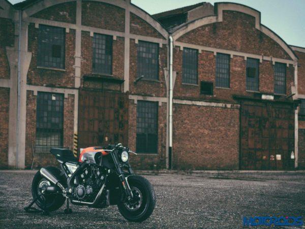 JvB-Moto Yamaha VMAX - Official Image - 1