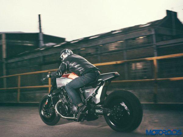 JvB-Moto Yamaha VMAX - Official Image - 5