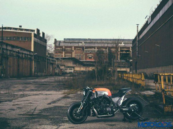 JvB-Moto Yamaha VMAX - Official Image - 6